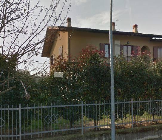 Quadrilocale in Via Falcone, Calcinate