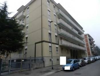 Quadrilocale in Via Venanzio 1, Loreto, Bergamo