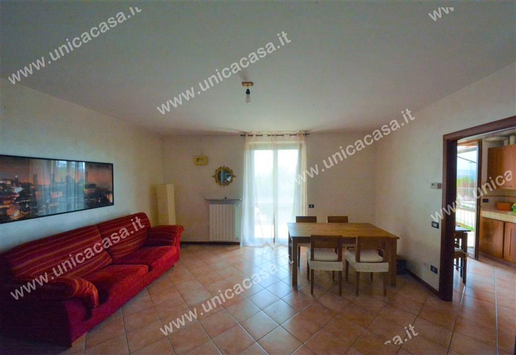 Appartamento in affitto a Brembate di Sopra, 3 locali, prezzo € 600 | PortaleAgenzieImmobiliari.it