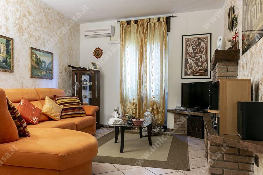 Appartamento indipendente in Via Rasella 1, Vaprio D'adda