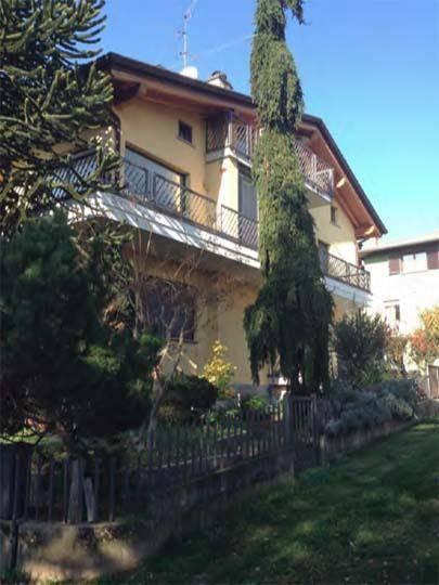 Quadrilocale in Via Cimaer 3, Almenno San Salvatore