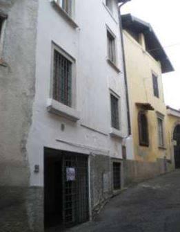 Appartamento in vendita a Gandino, 3 locali, prezzo € 89.325 | CambioCasa.it