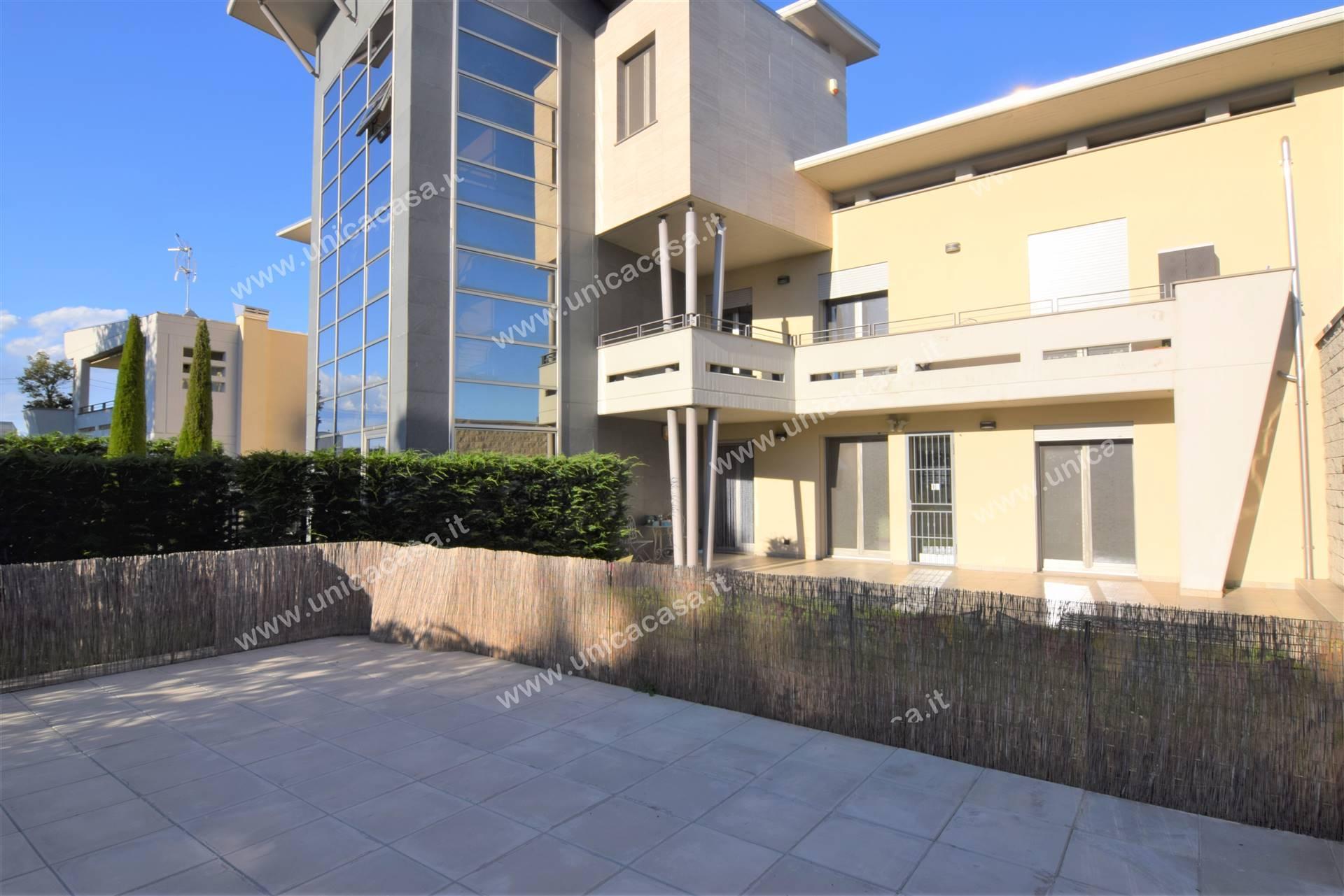 Appartamento in vendita a Cologno al Serio, 5 locali, prezzo € 290.000   PortaleAgenzieImmobiliari.it