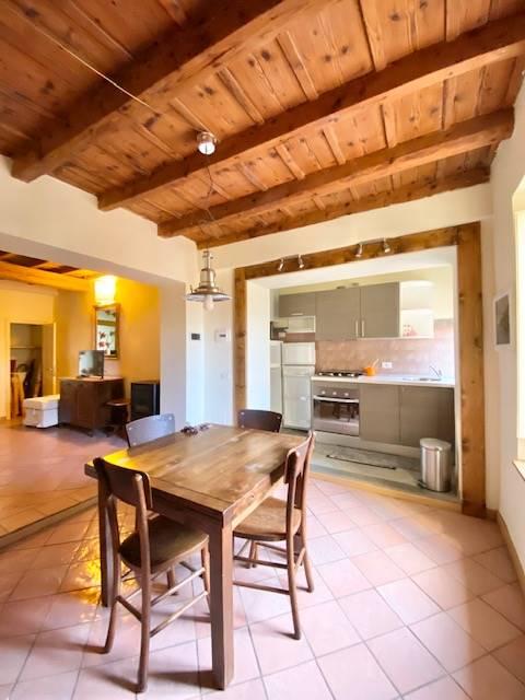 Appartamento in affitto a Fiesole, 3 locali, prezzo € 800 | CambioCasa.it