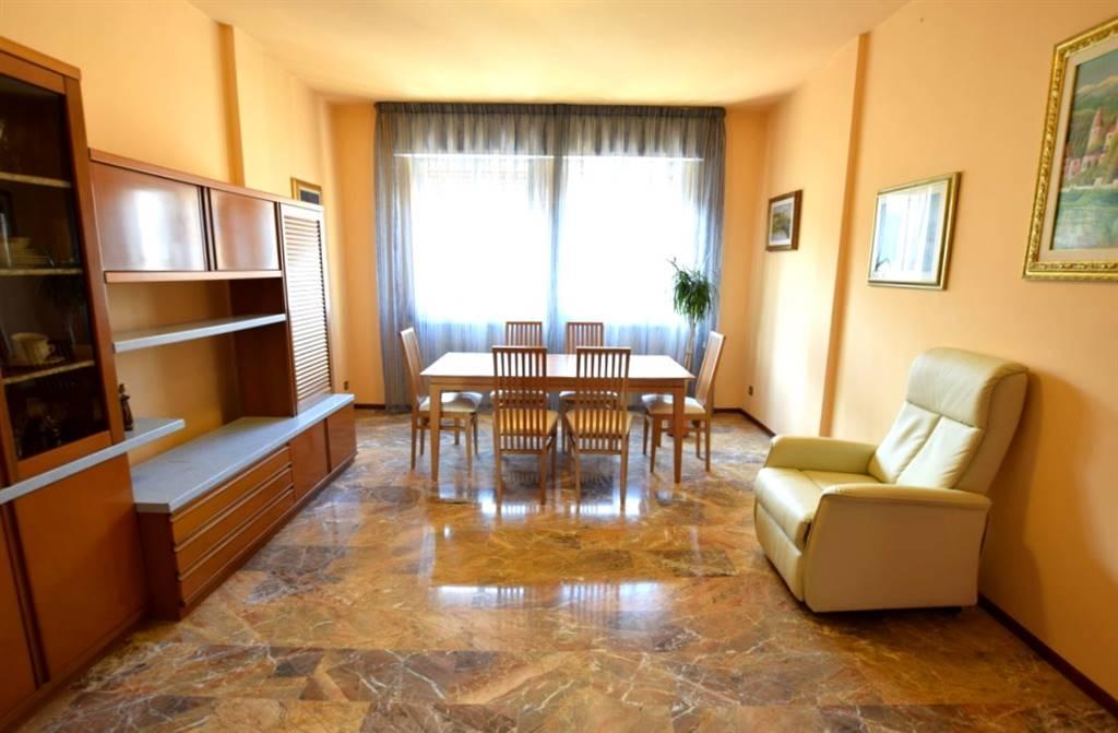 Trilocale, Centro, Livorno, in ottime condizioni
