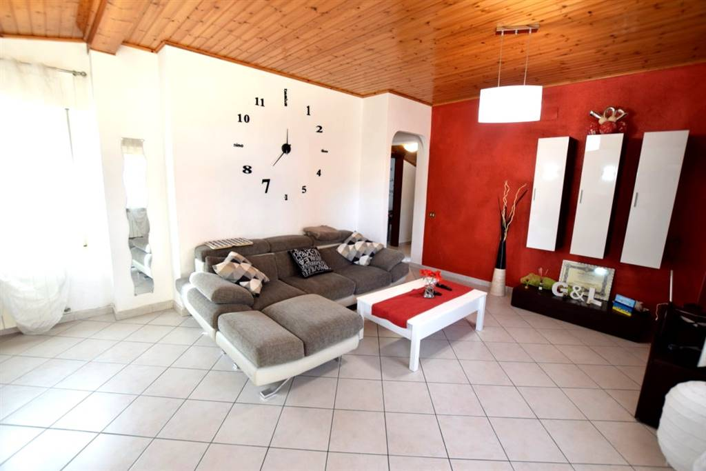 Appartamento MAGENTA € 130.000