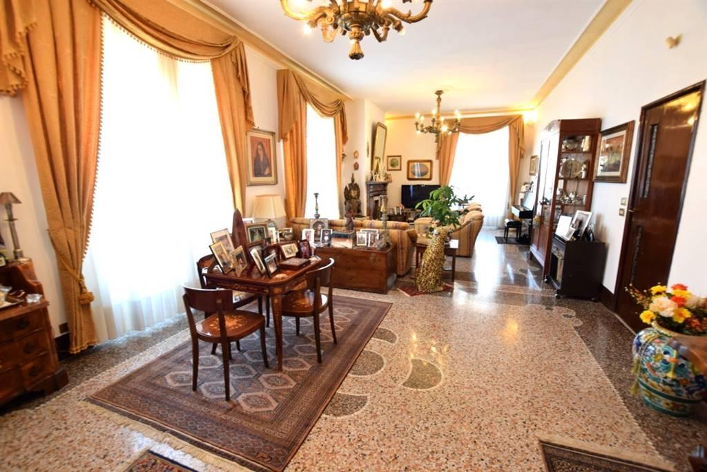 Appartamento CALZABIGI, MAMELI € 530.000