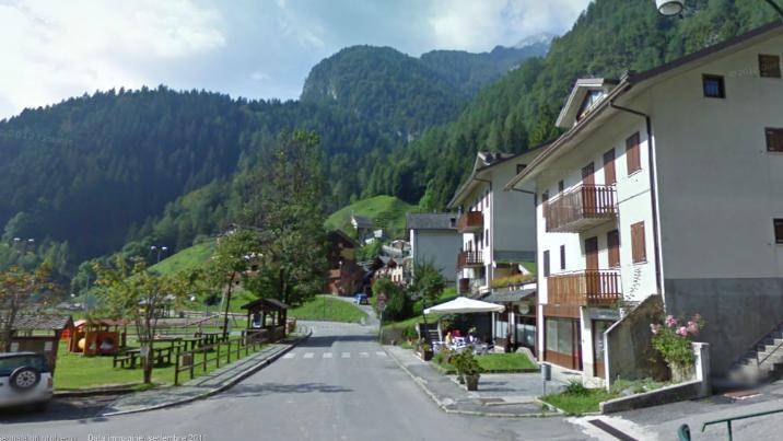 Case a valleve in vendita e affitto for Monolocale bergamo