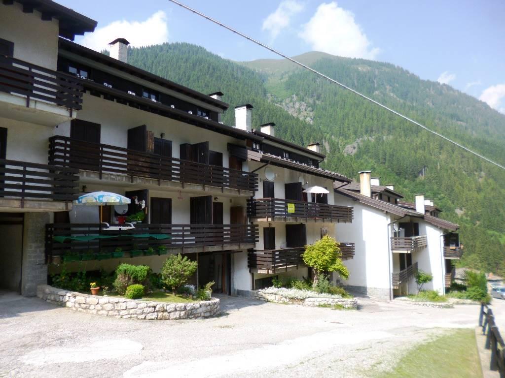Appartamento in vendita a Valleve, 3 locali, zona Località: CAMBREMBO, prezzo € 50.000 | CambioCasa.it