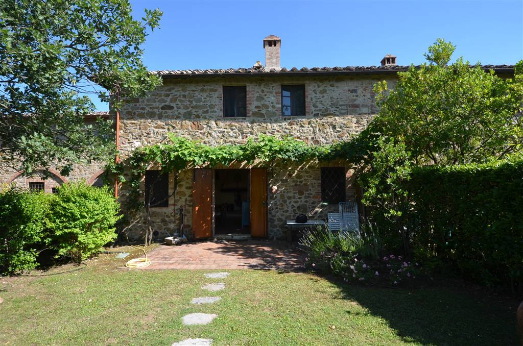 Semi detached house in CASTELNUOVO BERARDENGA