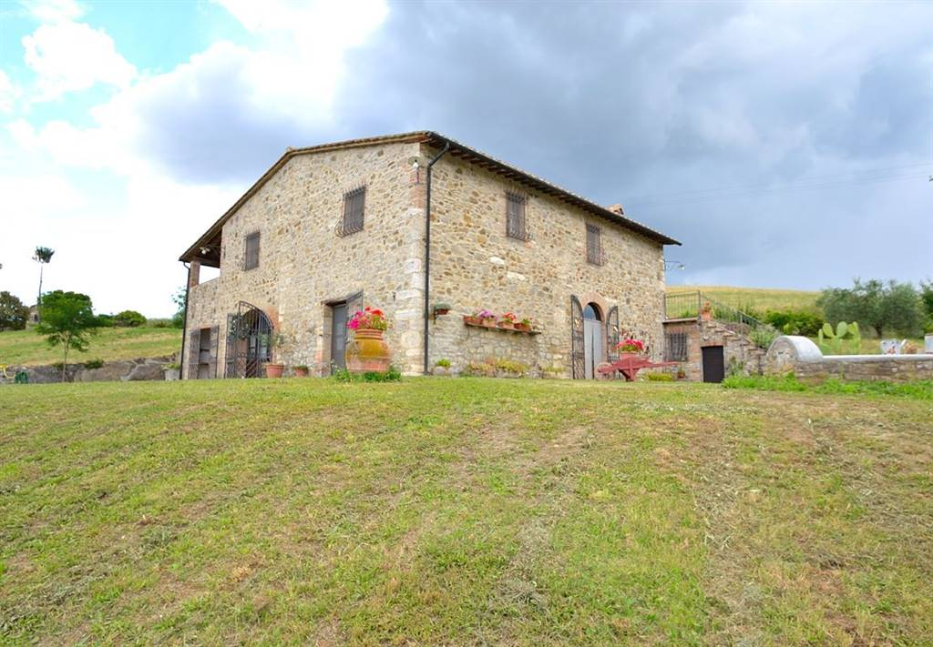 Farmhouse in PIENZA
