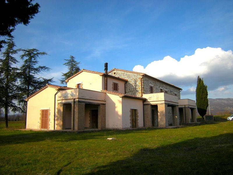 Farmhouse in SORANO