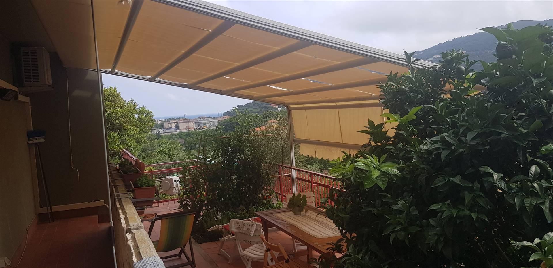 Appartamento in vendita a Spotorno, 4 locali, prezzo € 270.000 | PortaleAgenzieImmobiliari.it