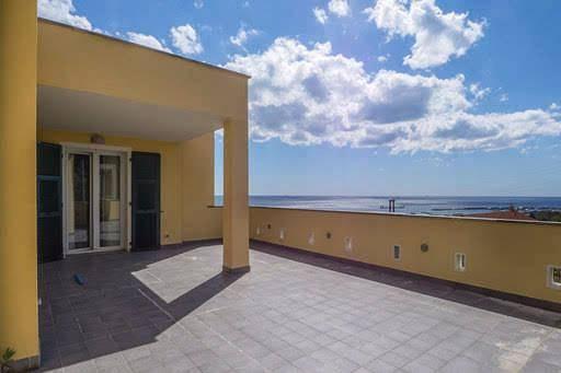Appartamento in vendita a Pietra Ligure, 6 locali, prezzo € 485.000   PortaleAgenzieImmobiliari.it
