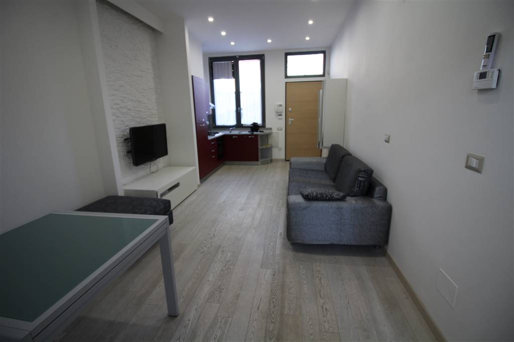 COVERCIANO, FIRENZE, Apartment for sale of 72 Sq. mt., Restored, Heating Individual heating system, Energetic class: C, Epi: 70,4 kwh/m2 year, placed