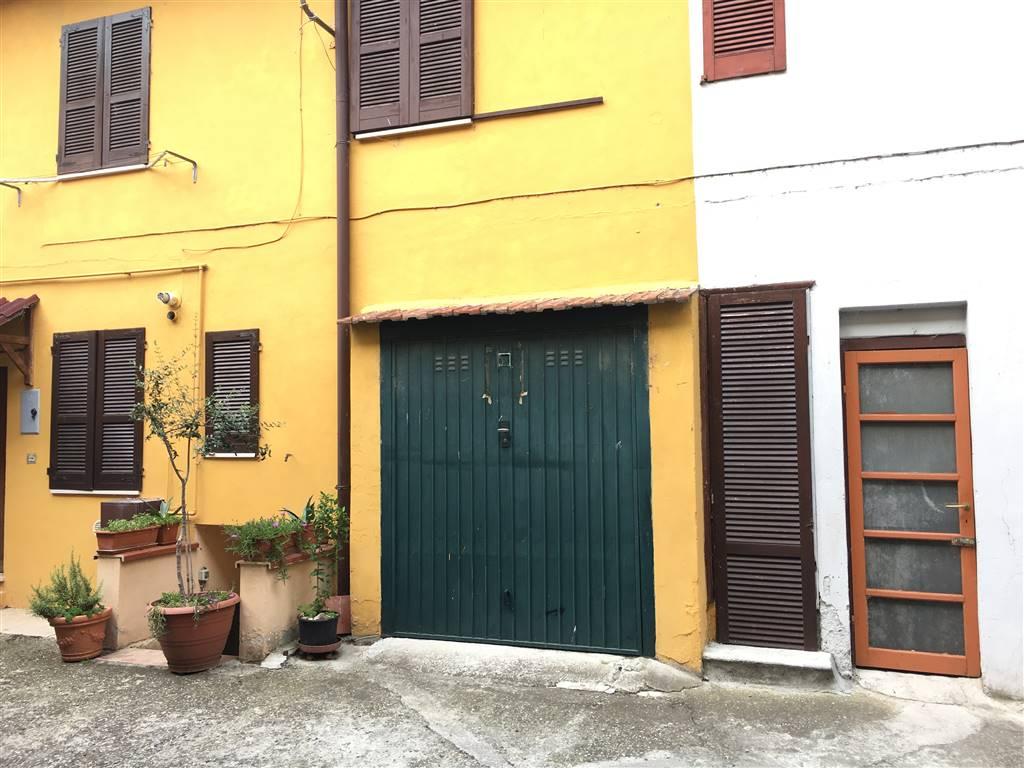 Vendita casa semi indipendente zorlesco casalpusterlengo for Garage autonomo