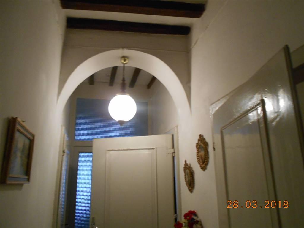 Ristrutturare Bagno Casa In Affitto : Case centro storico arezzo in vendita e in affitto. arezzo cerca
