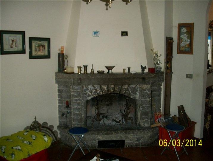 Appartamento in vendita a Arezzo, 5 locali, zona antico-Indicatore, prezzo € 165.000 | PortaleAgenzieImmobiliari.it