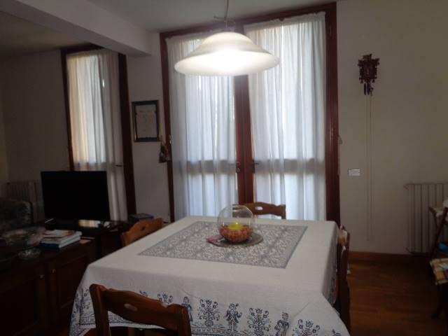 Appartamento in vendita a Arezzo, 7 locali, zona XXV Aprile, prezzo € 315.000 | PortaleAgenzieImmobiliari.it