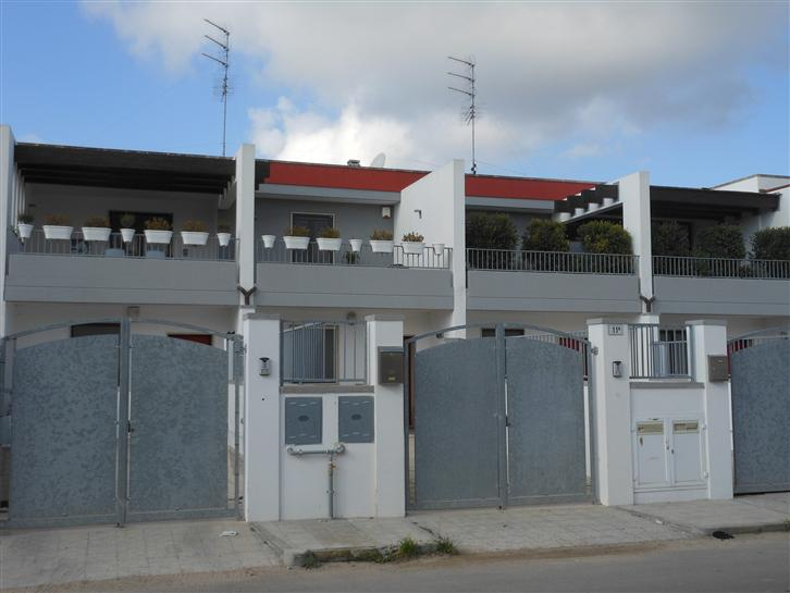 Appartamento indipendente in Via G. Ungaretti 11a,  11a, Santa Rosa, Lecce