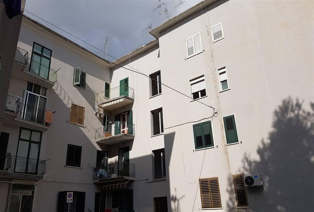 Trilocale in Via G. Argento  33, Santa Rosa, Lecce