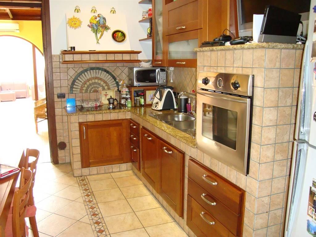 Appartamento indipendente in Via Contessa Sibilla  29, Zona Casermette, Lecce