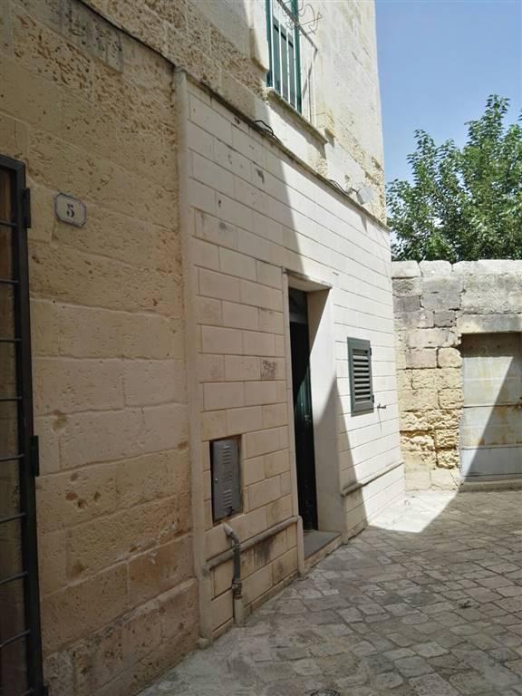 Bilocale in Corte Dei Falconi 4, Centro Storico, Lecce