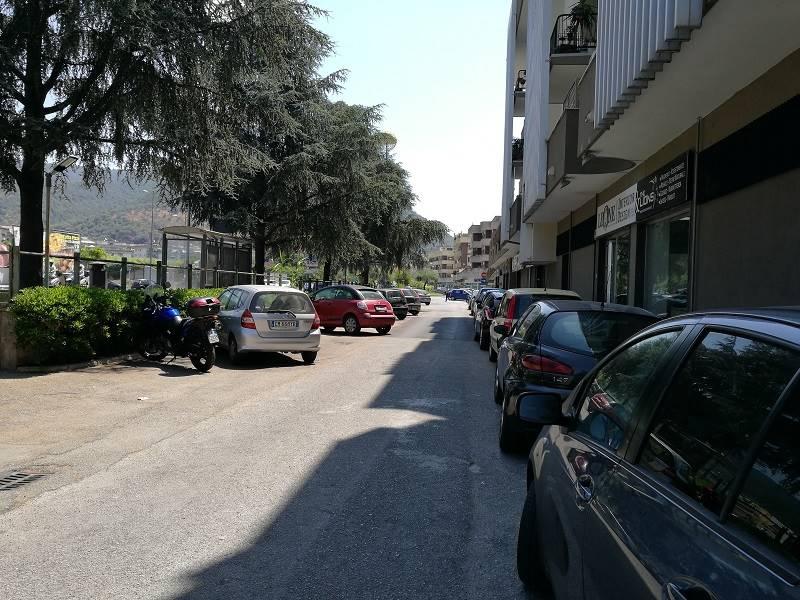 Locale commerciale, Arbostella, Salerno, ristrutturato