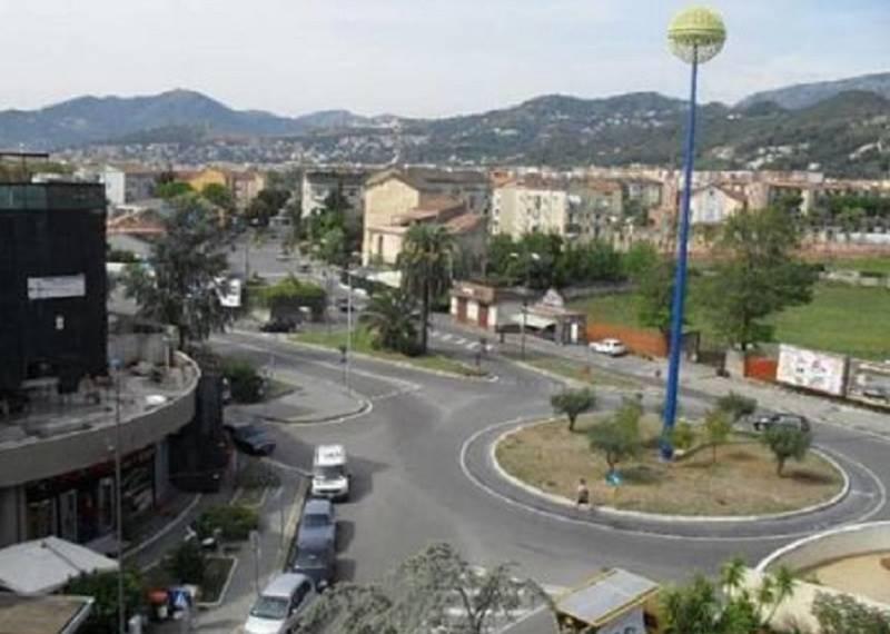 Locale commerciale, Arbostella, Salerno, in ottime condizioni