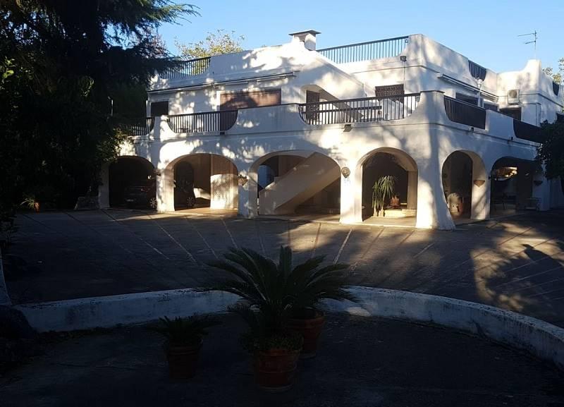 Villa, Centro, Caserta, in ottime condizioni