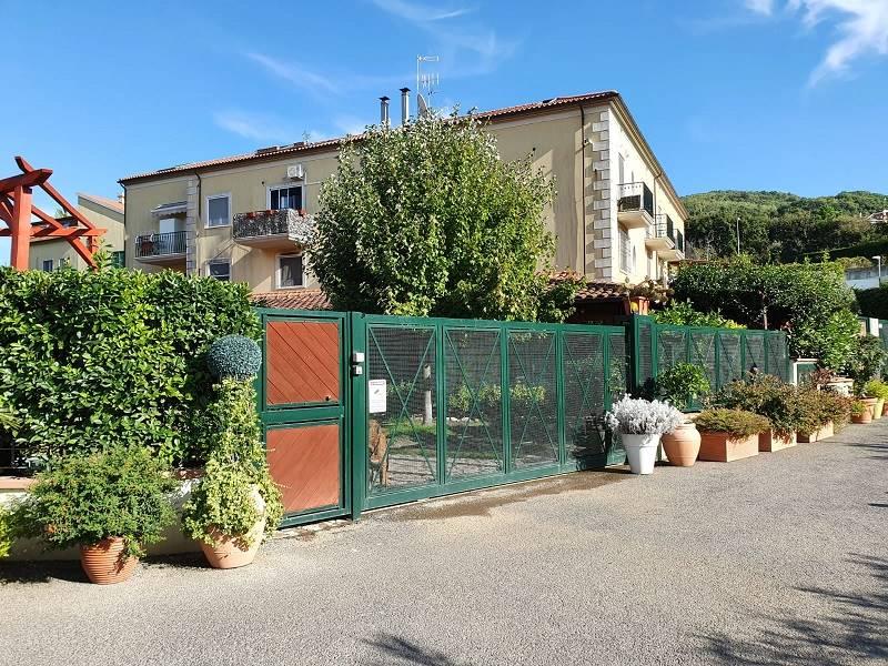 Casa semi indipendente, Brignano, Salerno, in ottime condizioni
