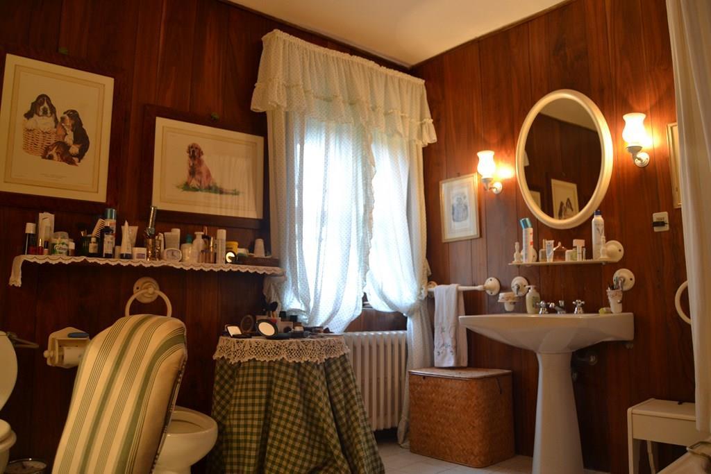 Vendita rustico casale periferia siena in ottime for Arredamento toscano