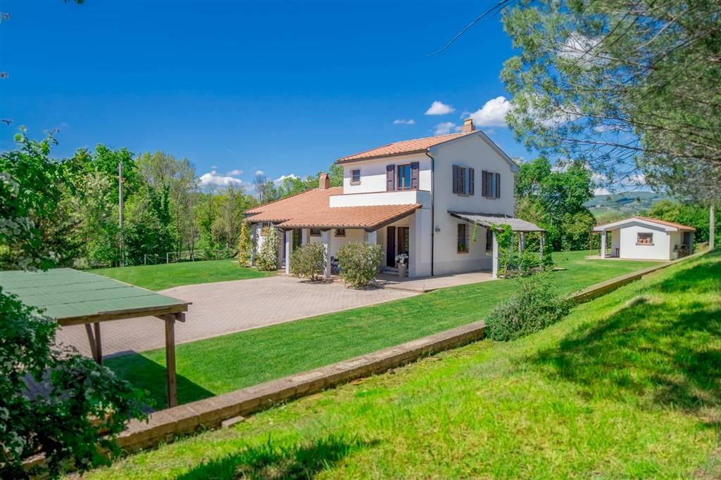 Villa in vendita a Montecatini Val di Cecina, 10 locali, prezzo € 750.000 | PortaleAgenzieImmobiliari.it
