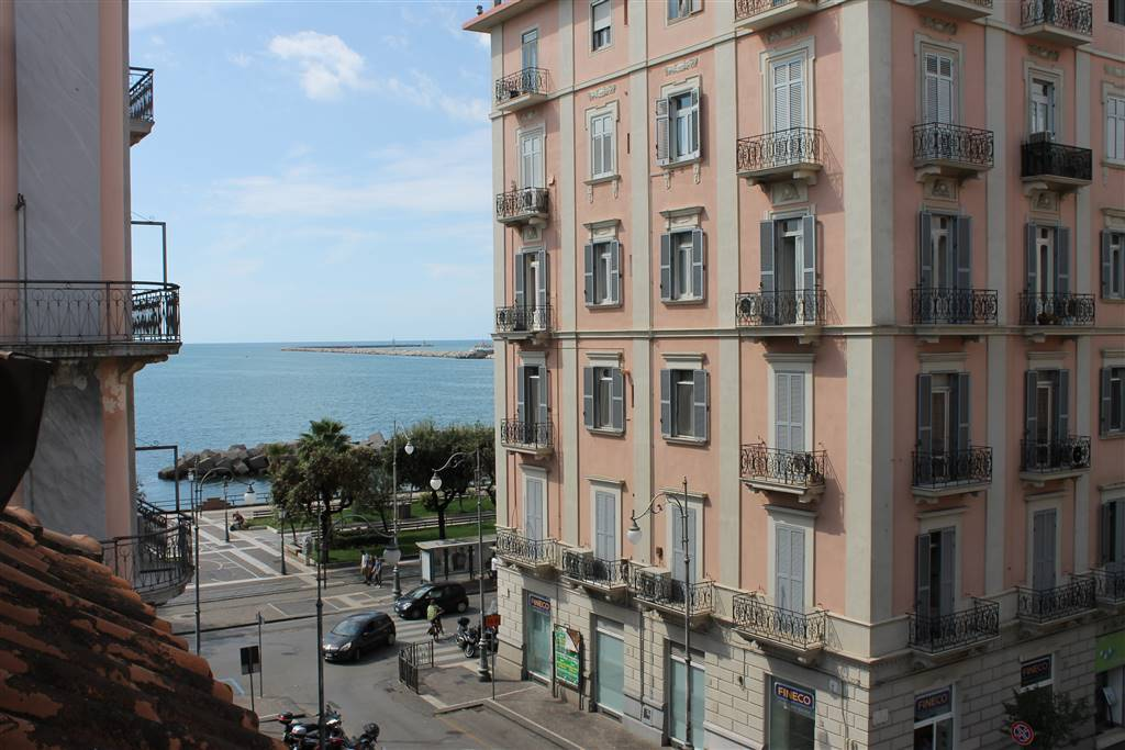 Quadrilocale in Via Roma, Centro, Salerno