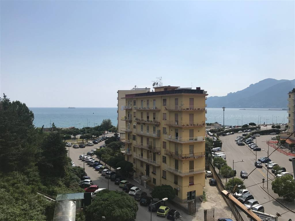 Bilocale in Via Torrione, Torrione, Salerno