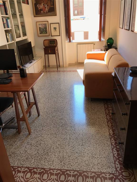 Quadrilocale in Via Carlo Allemagna 2, Centro, Salerno