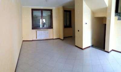 Villa a schiera, Caorso, seminuova
