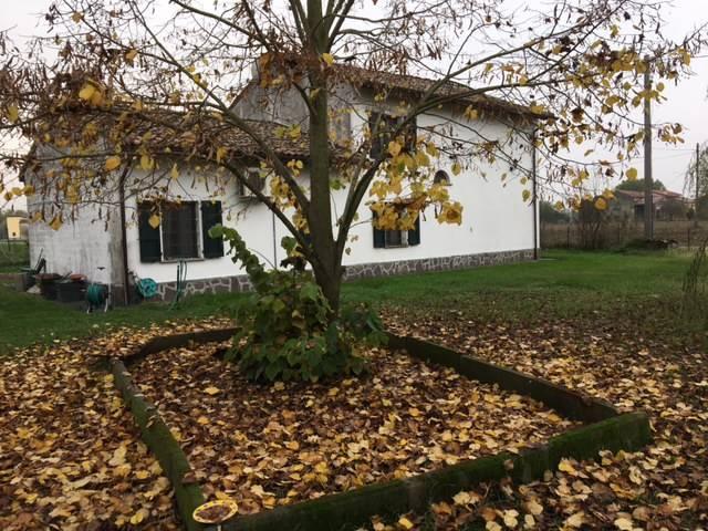 Casa singola, Chiaravalle Della Colomba Lusurasco, Alseno, in ottime condizioni