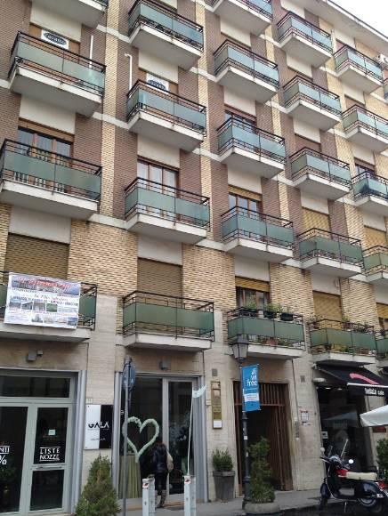 Quadrilocale in Via Redentore, Centro, Caserta