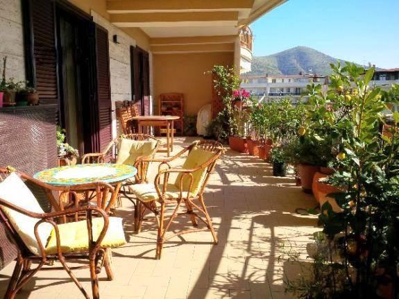Appartamento in Via E. Moneta, Petrarelle, Caserta