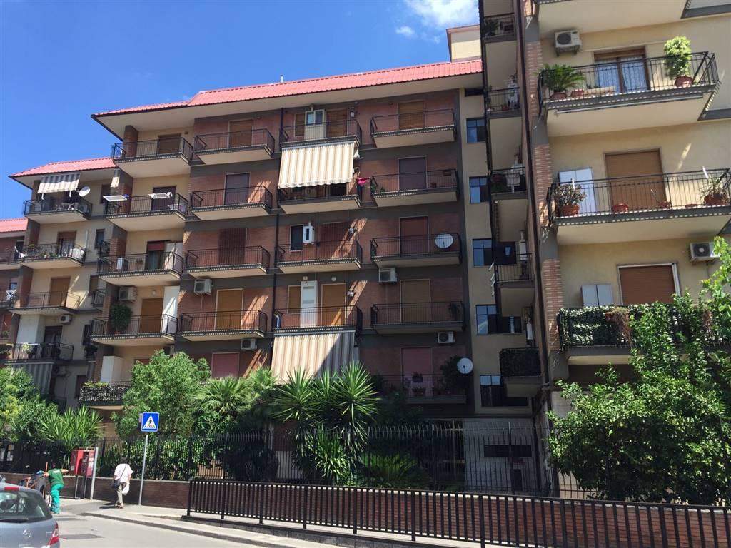 Trilocale in Via Ferrarecce  89, Caserta Ferrarecce - Acquaviva-lincoln, Caserta