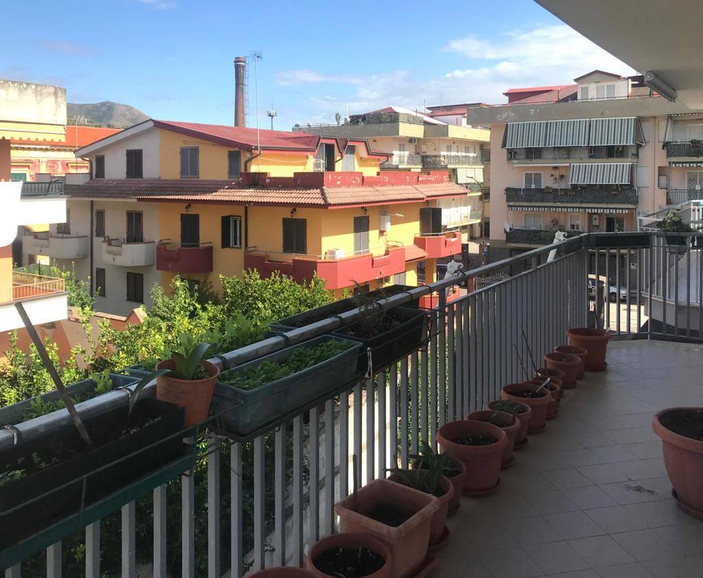 Trilocale in Via Giuseppe Mazzini, Casapulla