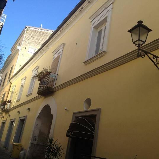 Trilocale in Via Mazzocchi, Centro, Caserta