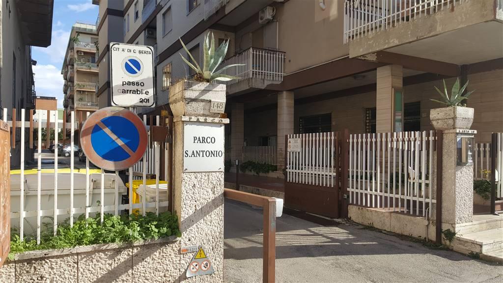 Quadrilocale in Via Tescione  146, Puccianiello, Caserta