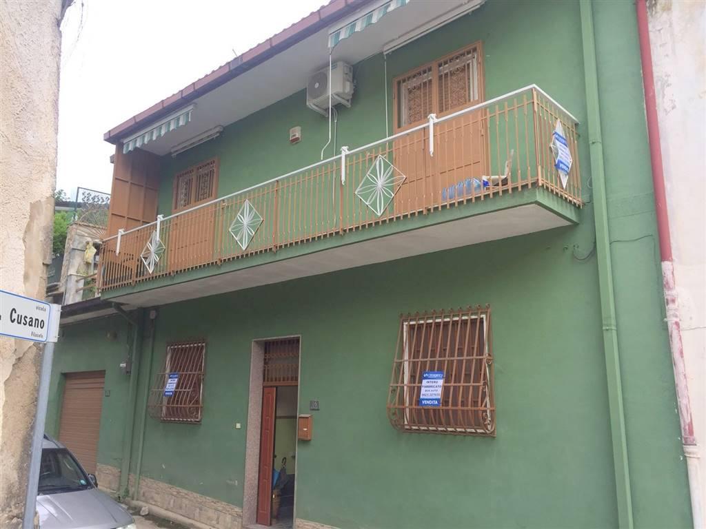 Casa singola in Via Ponticelli  46, Garzano, Caserta