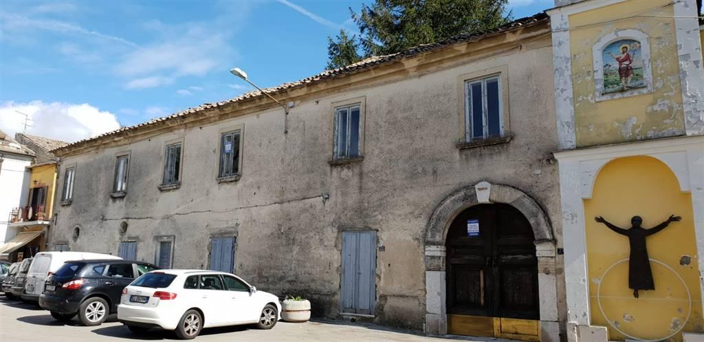 Casa singola in Piazza Dei Colli Tifatini 23, Pozzovetere, Caserta