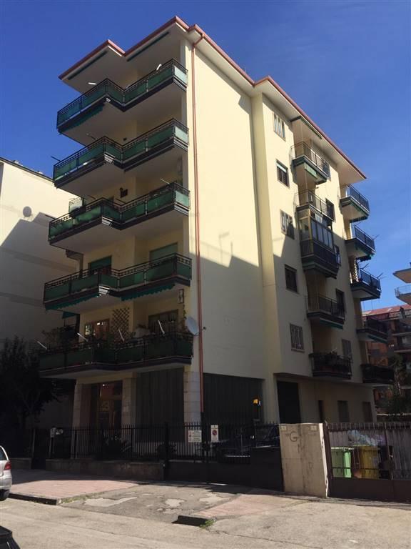 Quadrilocale in Via Rossi  10, Centro, Caserta