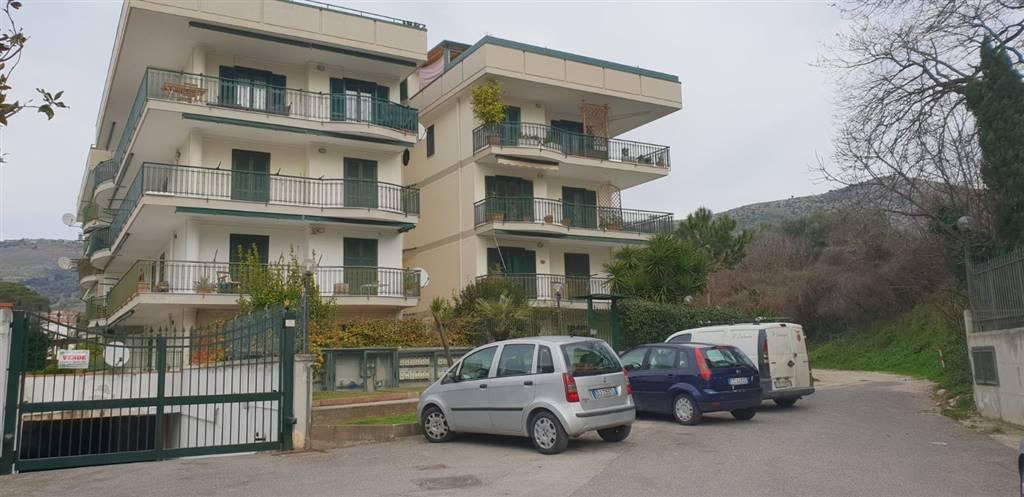 Quadrilocale in Via Agnesi 21, Caserta 2 - (centurano -cerasola -167), Caserta