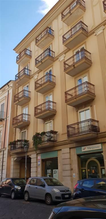 Trilocale in Via San Carlo   156, Centro, Caserta