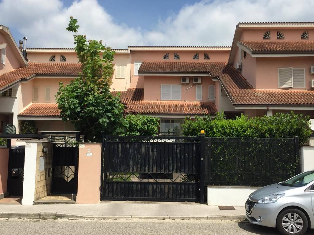 Villa in Via Filippo Brunelleschi  65, Puccianiello, Caserta